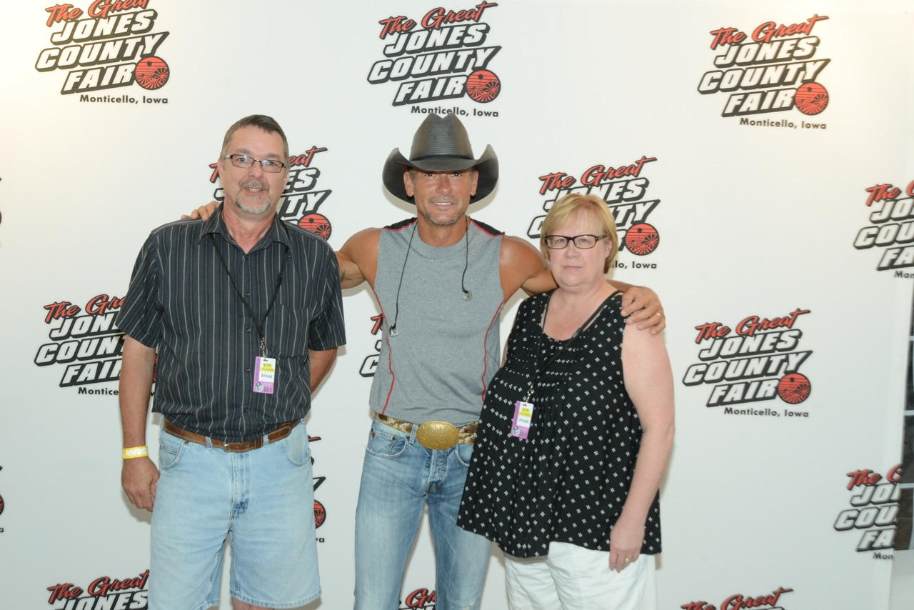 tim mcgraw meet and greet pictures with chris